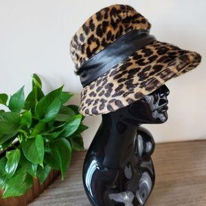 VTG 50s Betmar Faux Fur Leopard Bucket Hat